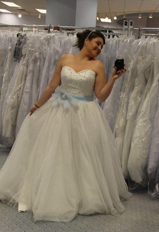 Cinderella wedding dress disney alfred angelo wedding for Alfred angelo cinderella wedding dress